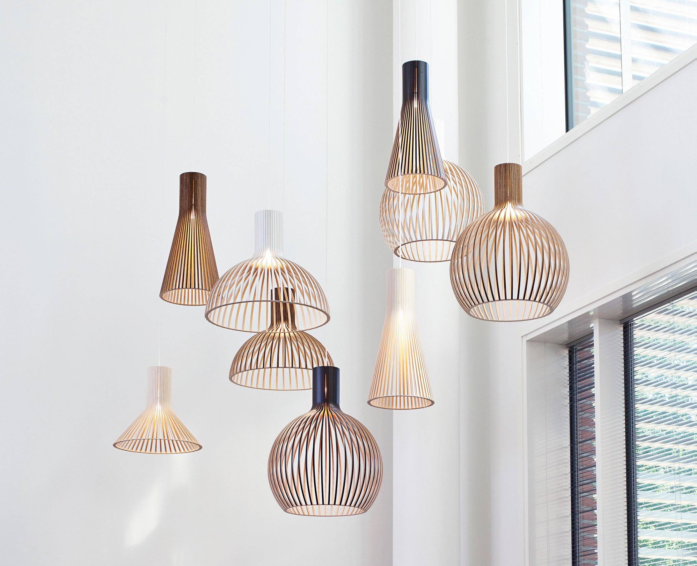 secto design eine leuchten premiere in holz designblog. Black Bedroom Furniture Sets. Home Design Ideas