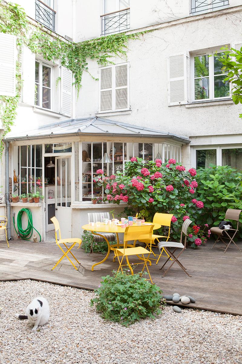 Fermob Farbenfrohe Gartenmobel Aus Frankreich Designblog