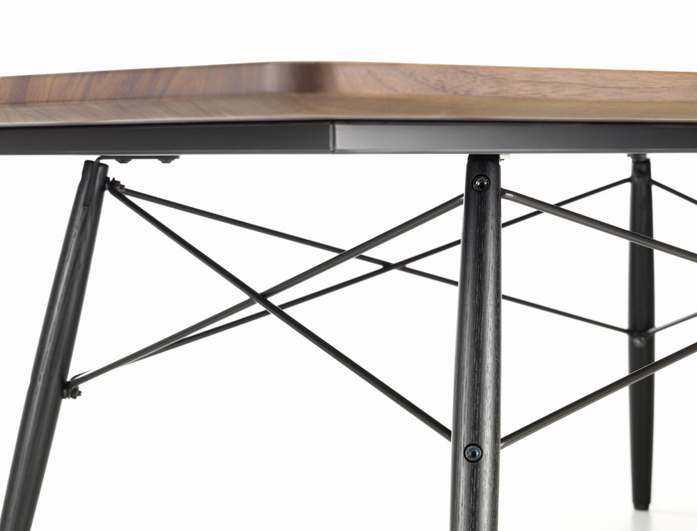 Vitra News - Eames Coffee Table by Design Bestseller