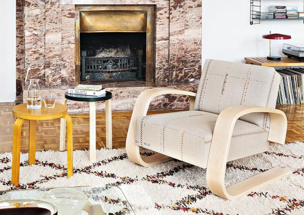 designklassiker im neuen gewand designblog. Black Bedroom Furniture Sets. Home Design Ideas