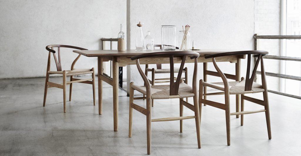 Der CH24 Y-Stuhl von Carl Hansen by Design Bestseller