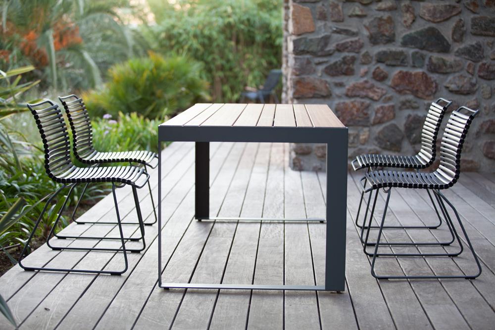 Gartenstuhl - Setzen sie sich, bitte.