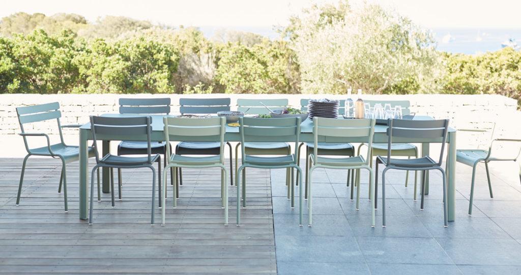 Gartenstuhl - Setzen Sie sich, bitte. Luxemburg von Fermob ist ein Klassiker.