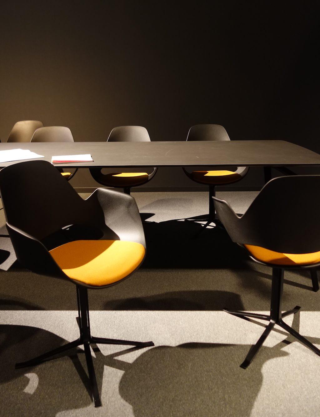 HOUE Falk Chair