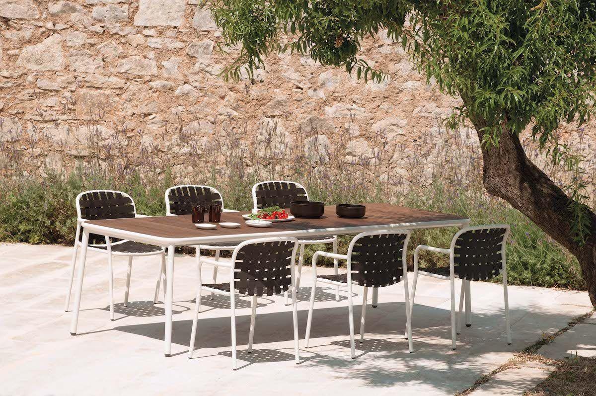 Must Haves im Garten: Esstisch und -Stühle