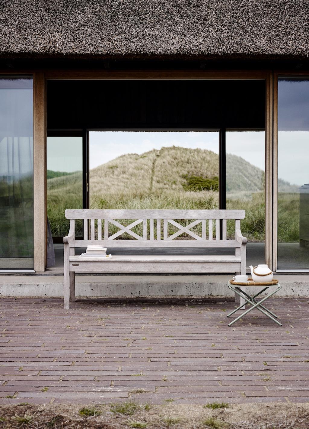 zukünftiges Erbstück im Garten aka. Drachmann Gartenbank auf Terrasse
