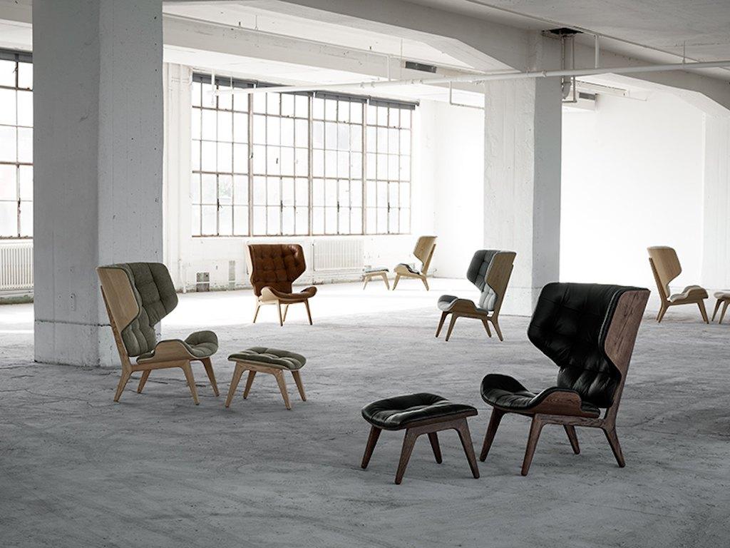 Mehre Varianten des Mammoth Chairs mit Ottomane von NORR11