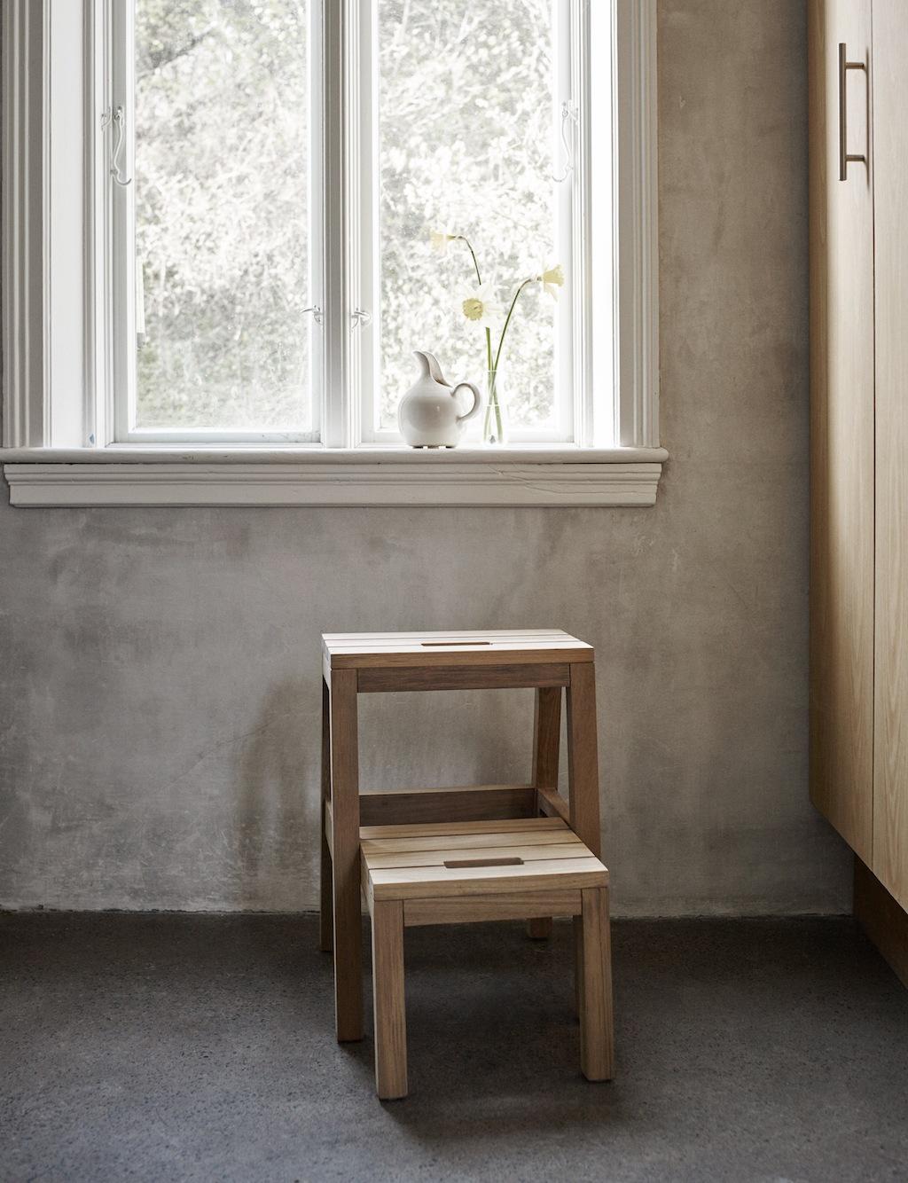 Hocker von Skagerak aus FSC-zertifiziertem Holz. Nachhaltiges Design