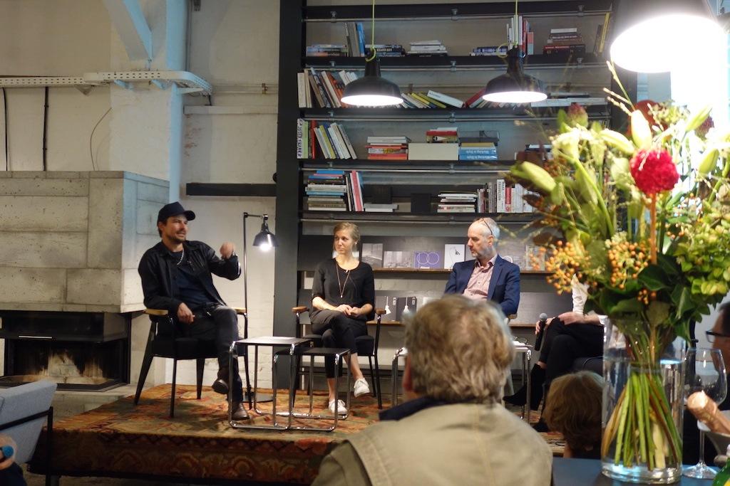 Podiumsdiskussion mit Stefan Diez, Lina Fischer und Thomas Edelmann (v.l.) im Rahmen des Midgard 100 Events