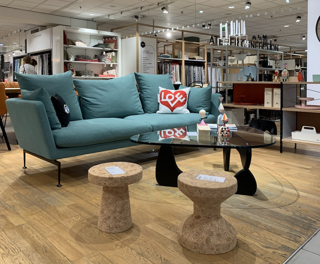 Vitra Suita Sofa bei Design Bestsellerin Paris