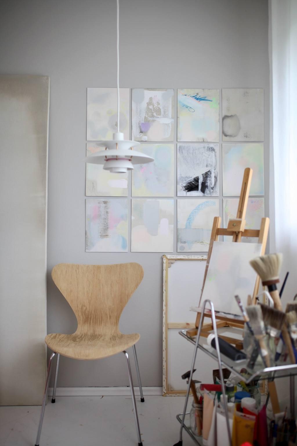 Zu Besuch bei Anastasia Benko: Serie 7 Stuhl und PH 50 Leuchte