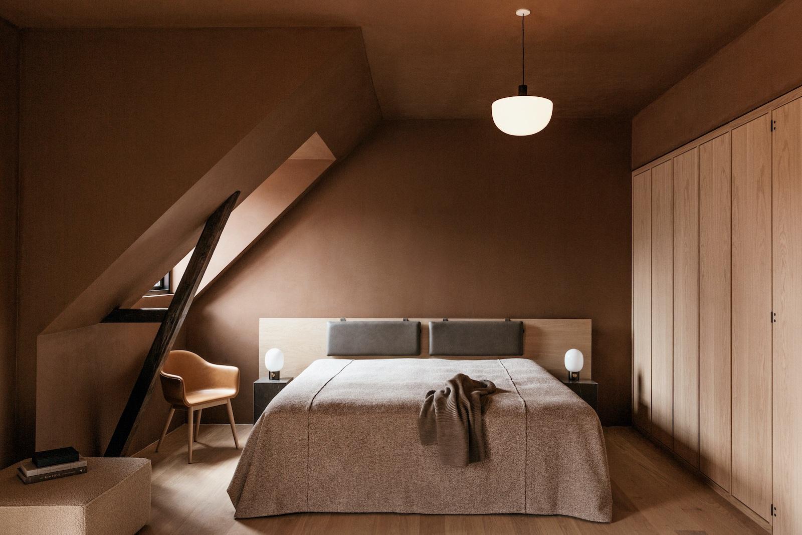 Schokoladenbraunes Interieur: Süße Verlockung in dunkler Farbe