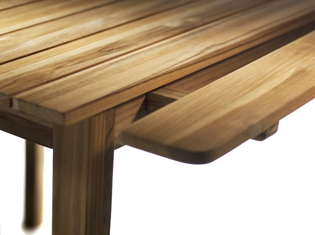 Steckstelle an Tisch M2