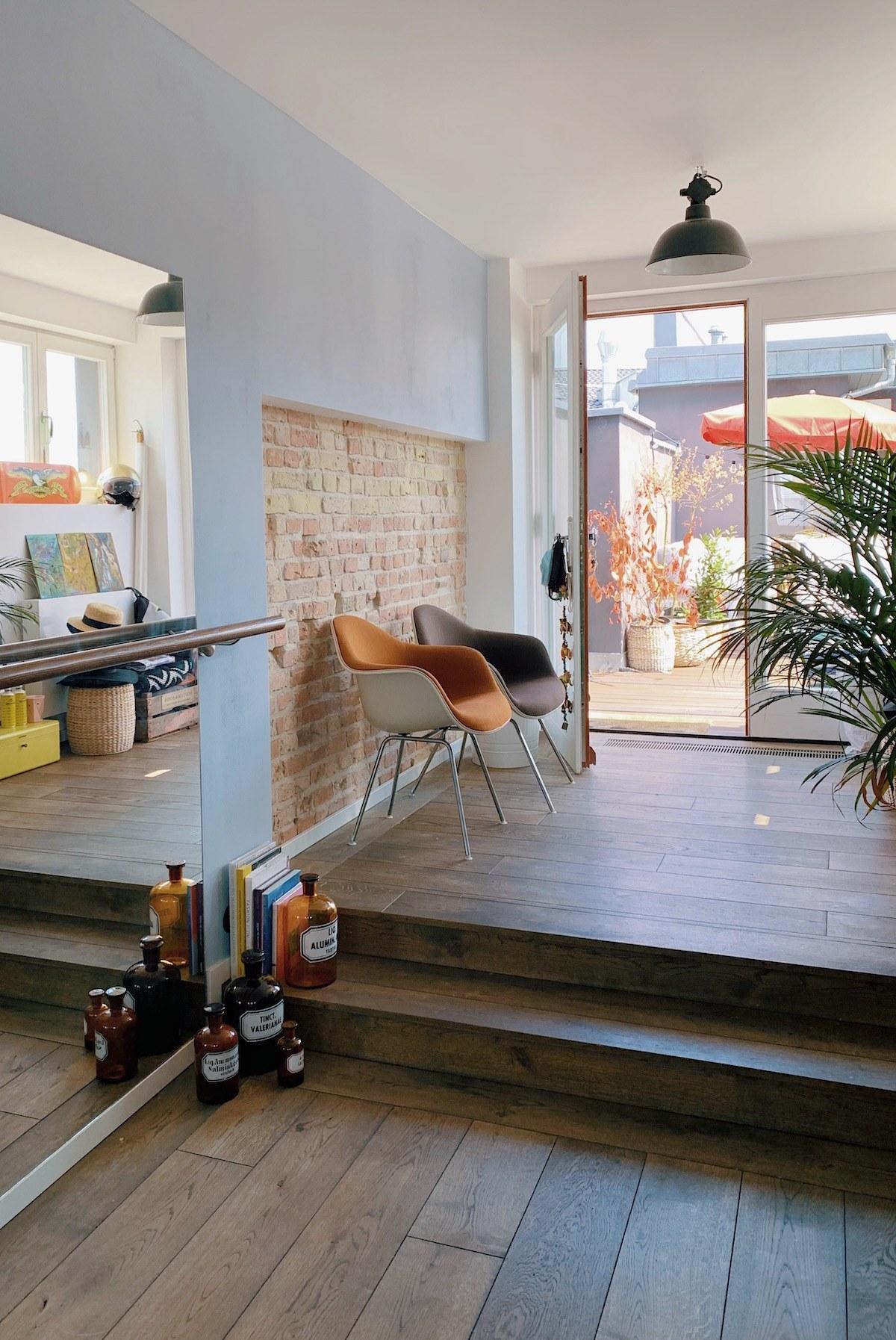 Homestory und Interview mit Cloudy Z - Eingangsbereich der Wohnung, die man über die Dachterrasse betritt.