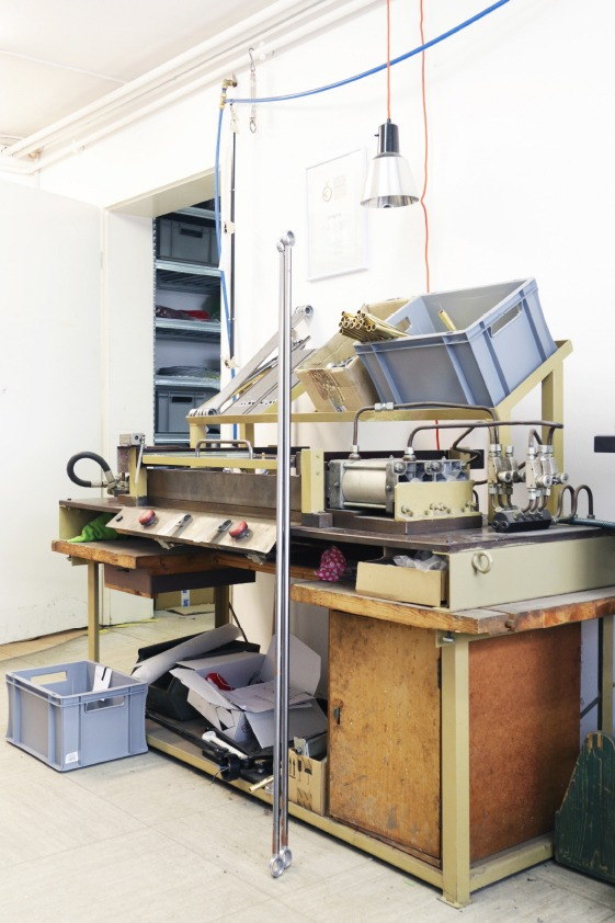 SELECTED Midgard - Original Werkzeug zur fertigung der neuen Generation Midgard Leuchten in Hamburg