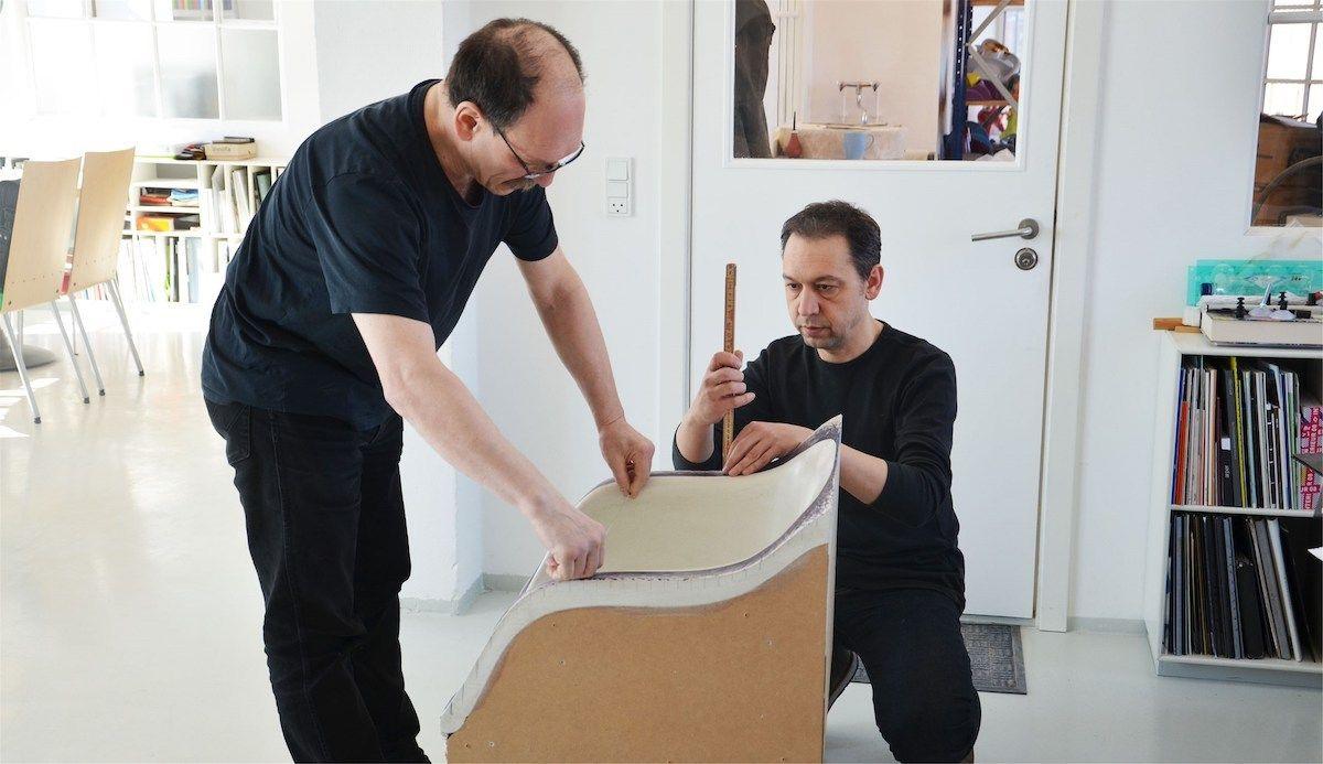Iskos-Berlin bei der Arbeit am Fiber Chair von Muuto