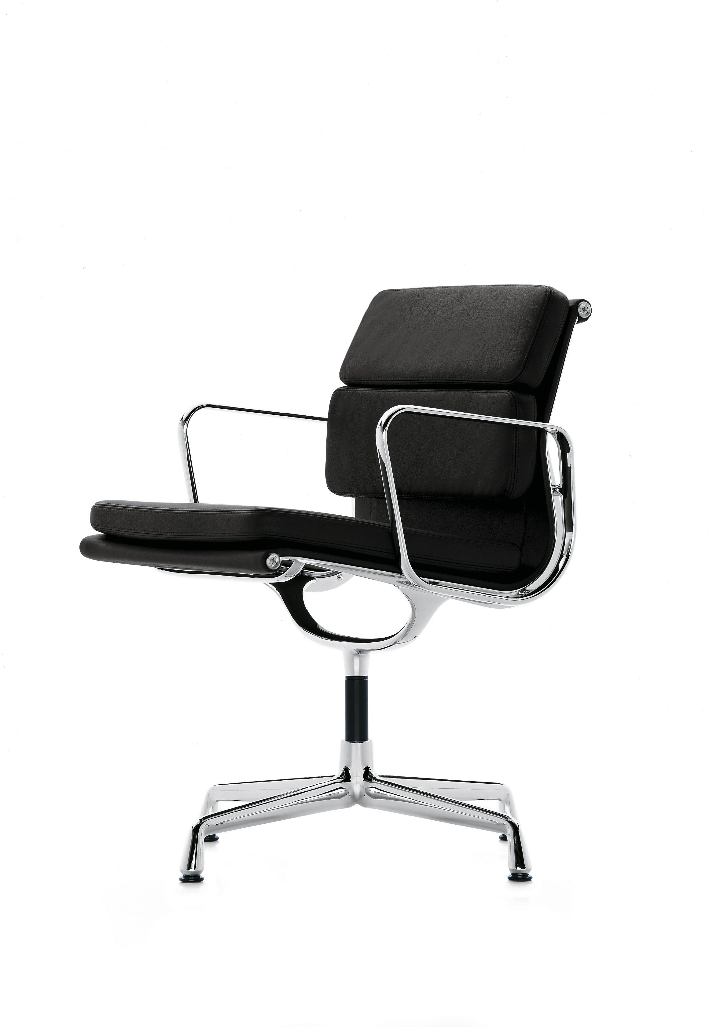 vitra aluminium chair soft pad ea 208 shop i design. Black Bedroom Furniture Sets. Home Design Ideas